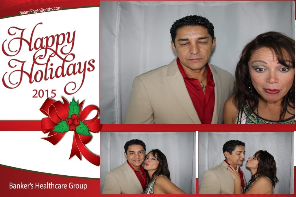 Bankers-Healthcare-Group-Holiday-Party-Photo-Booth-Activation-20151212_ (17)