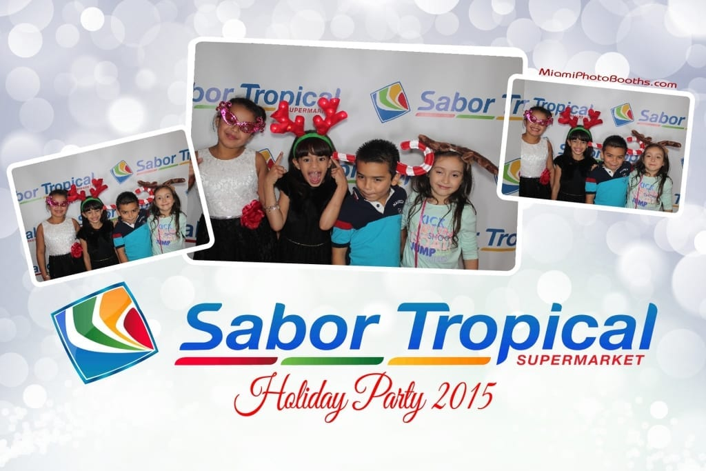 Sabor-Tropical-Supermarket-Holiday-Party-Miami-Photo-Booth-Activation-20151213_ (123)