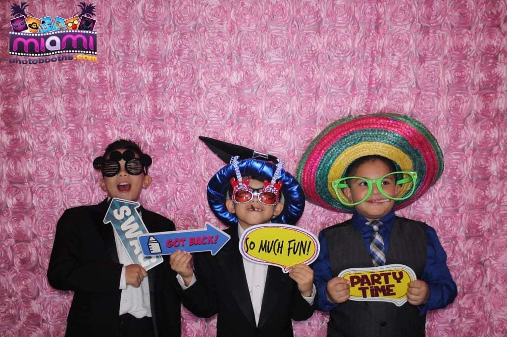 sandy-candyland-miami-photo-booth-107
