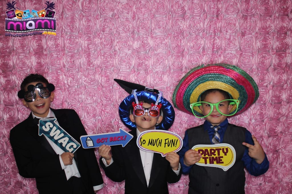 sandy-candyland-miami-photo-booth-108