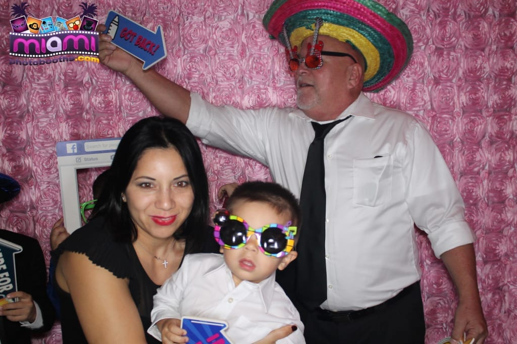 sandy-candyland-miami-photo-booth-109