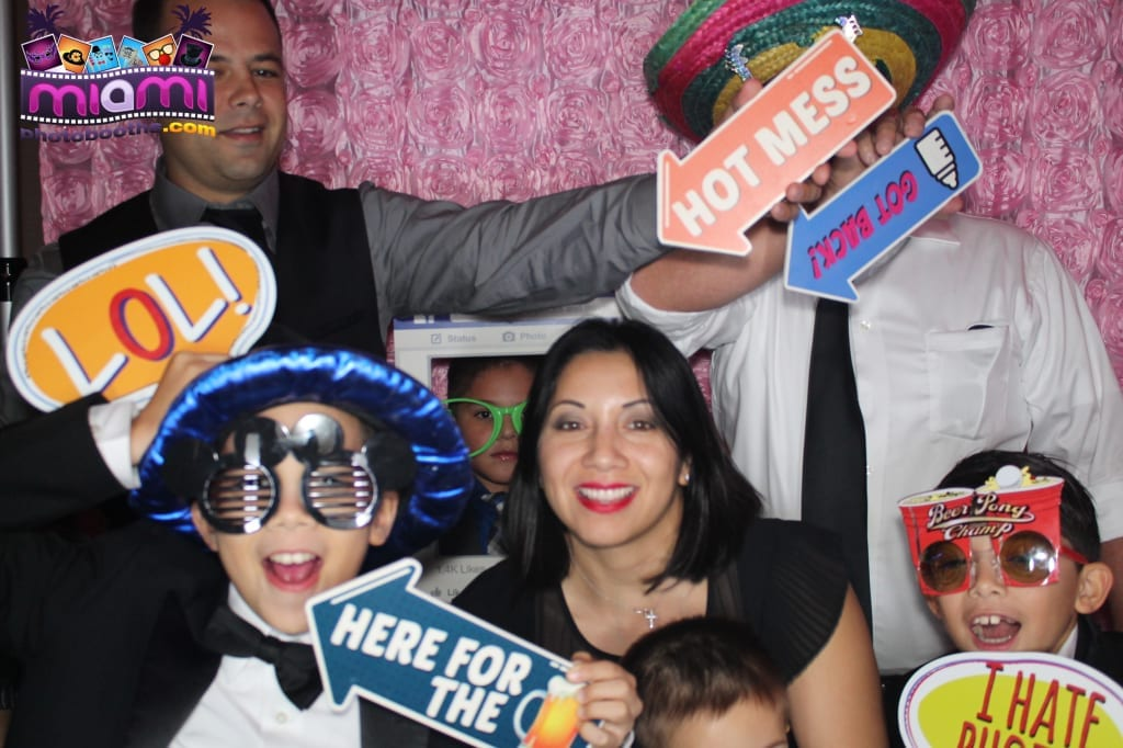 sandy-candyland-miami-photo-booth-111