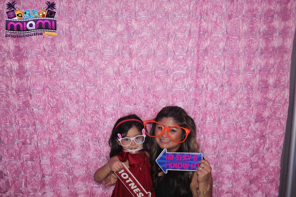 sandy-candyland-miami-photo-booth-124