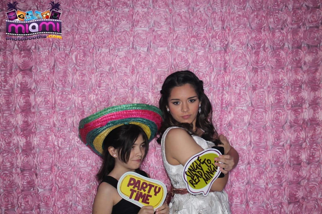 sandy-candyland-miami-photo-booth-130