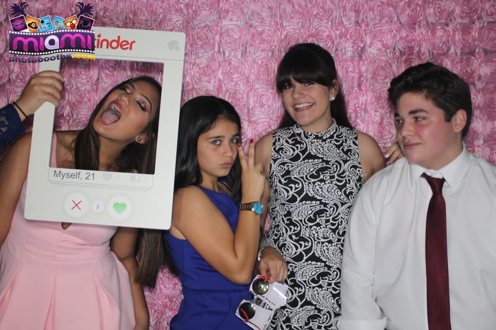 sandy-candyland-miami-photo-booth-147