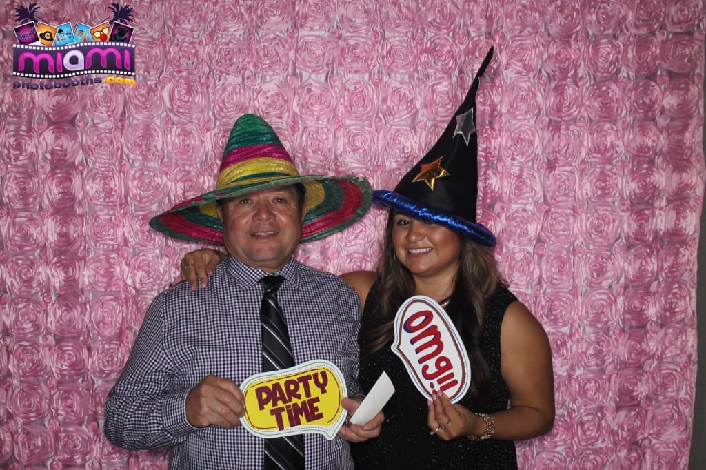 sandy-candyland-miami-photo-booth-152