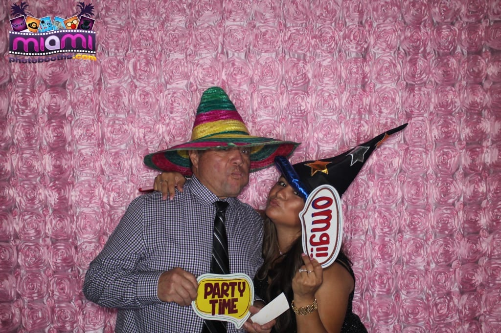 sandy-candyland-miami-photo-booth-153