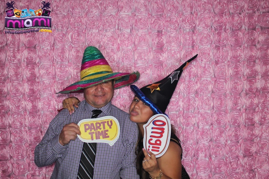 sandy-candyland-miami-photo-booth-154