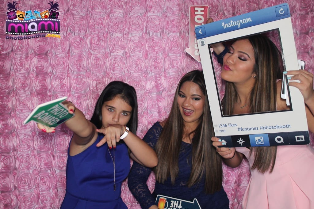 sandy-candyland-miami-photo-booth-159