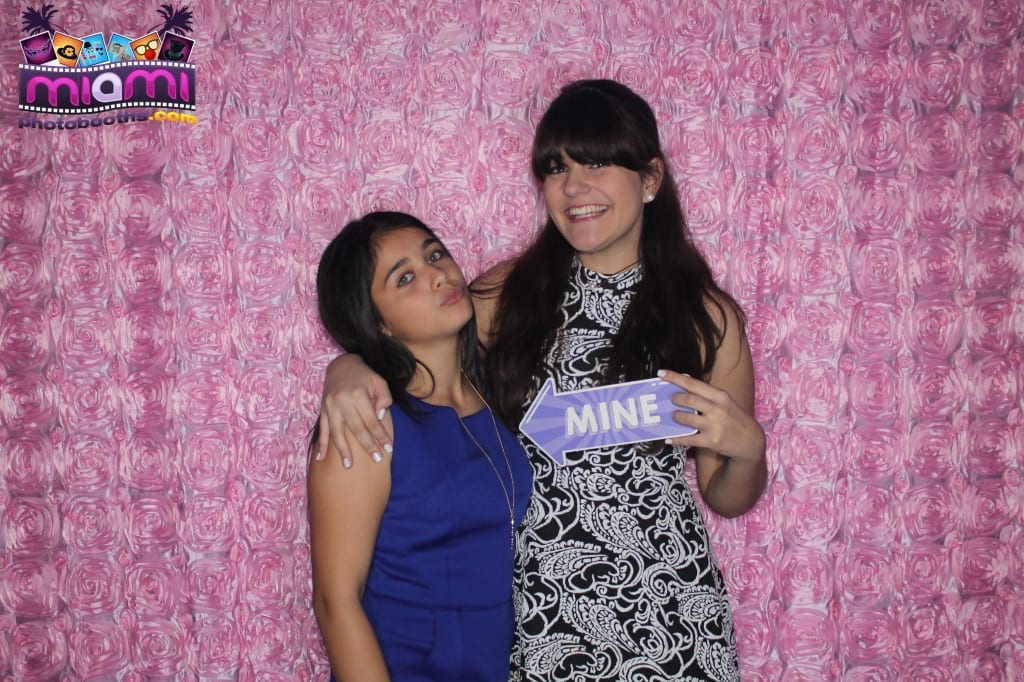 sandy-candyland-miami-photo-booth-161