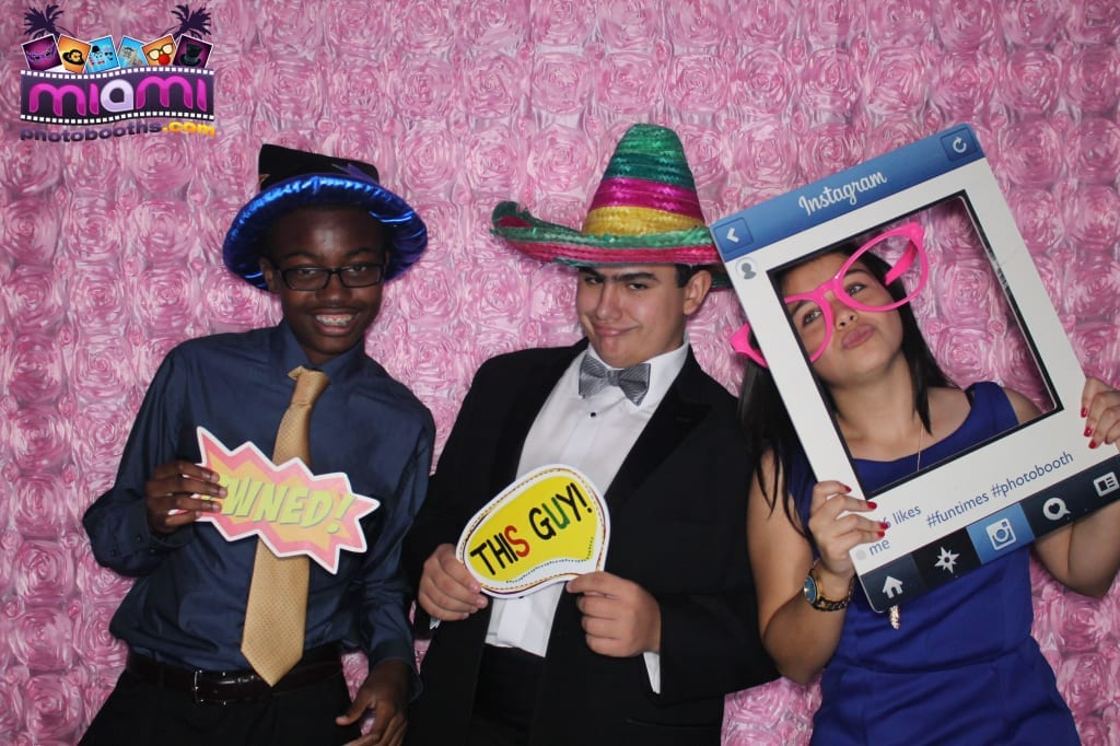 sandy-candyland-miami-photo-booth-188