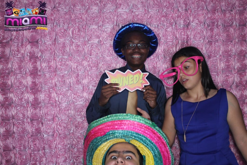 sandy-candyland-miami-photo-booth-190