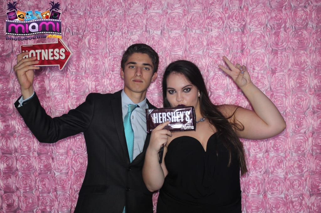 sandy-candyland-miami-photo-booth-209