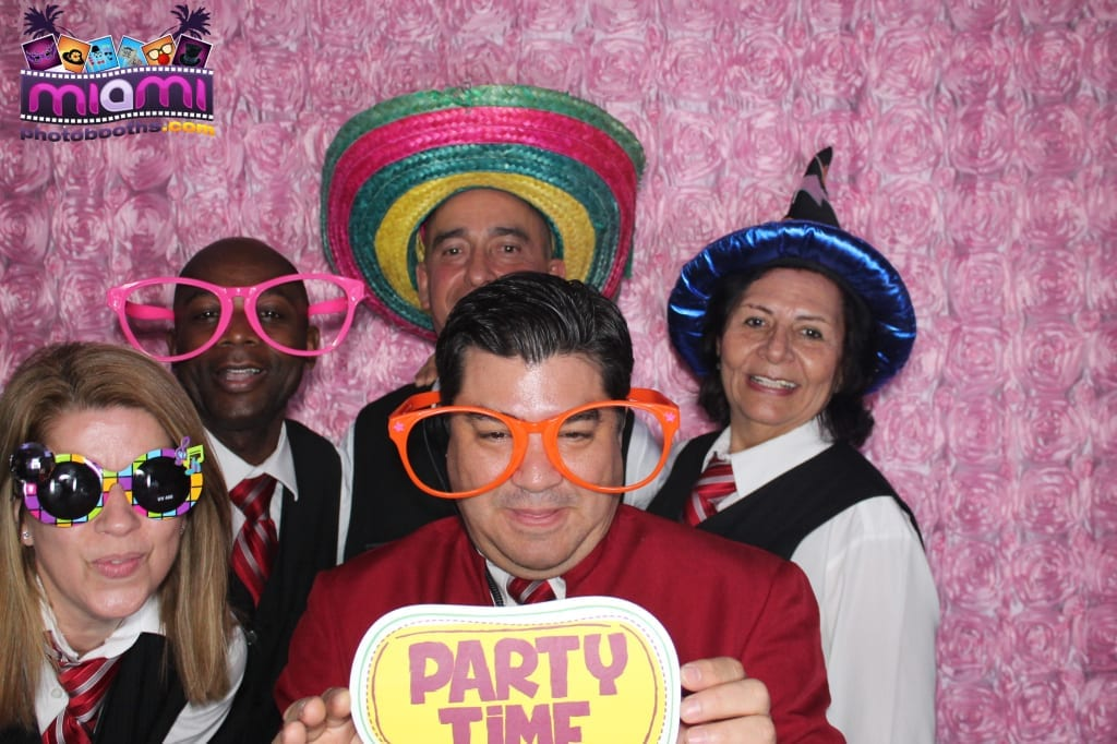 sandy-candyland-miami-photo-booth-210
