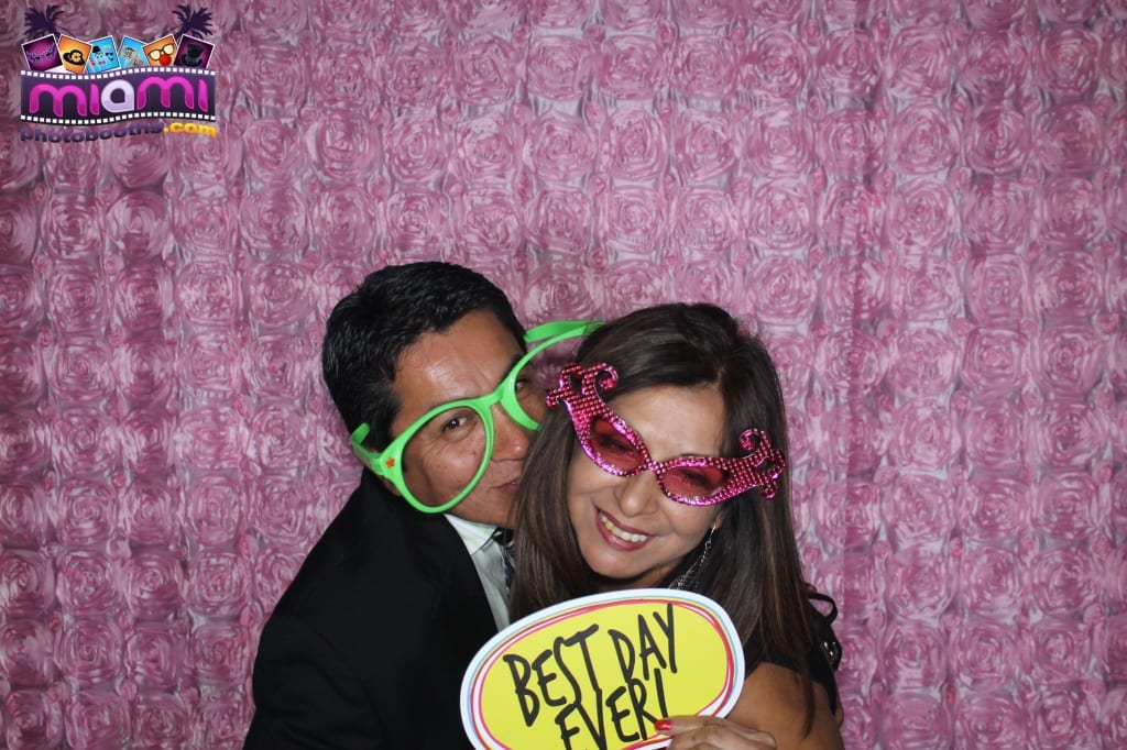 sandy-candyland-miami-photo-booth-215