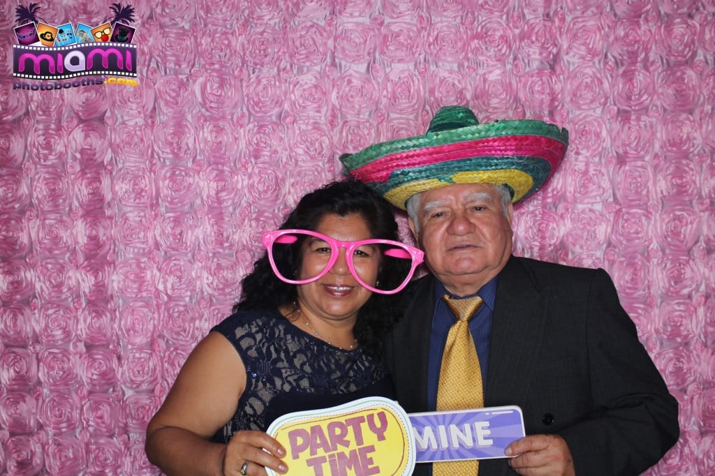 sandy-candyland-miami-photo-booth-217