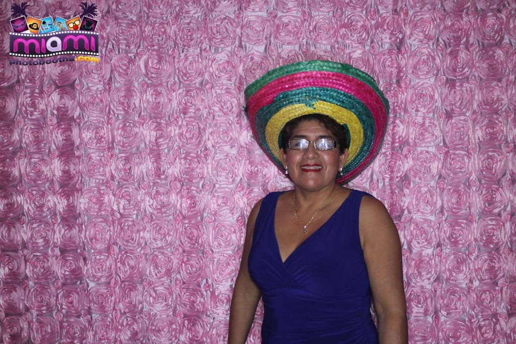 sandy-candyland-miami-photo-booth-219