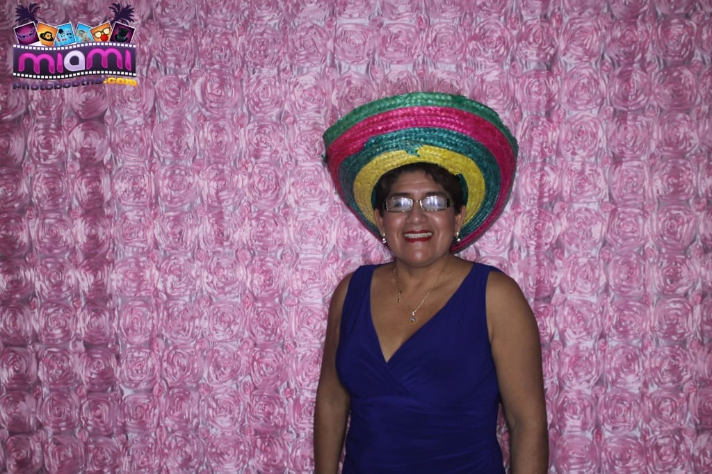 sandy-candyland-miami-photo-booth-220