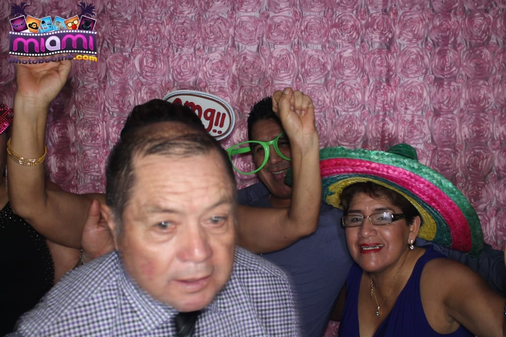 sandy-candyland-miami-photo-booth-223