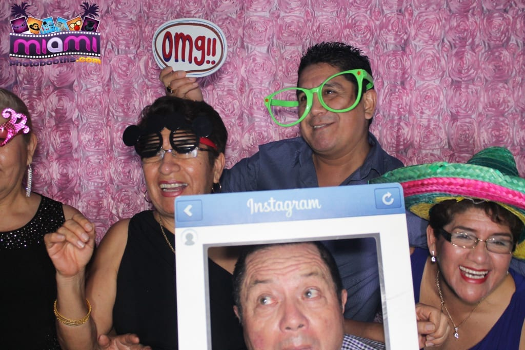 sandy-candyland-miami-photo-booth-224