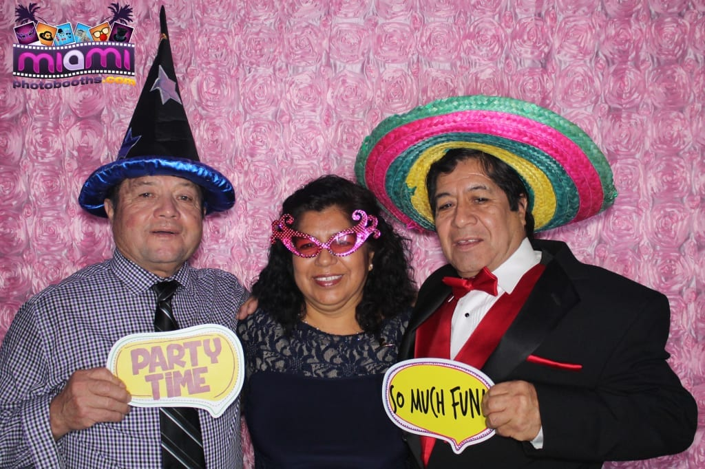 sandy-candyland-miami-photo-booth-225