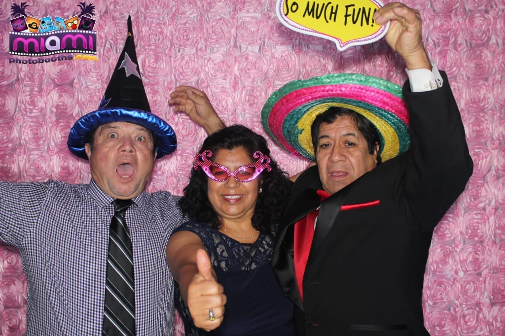 sandy-candyland-miami-photo-booth-226