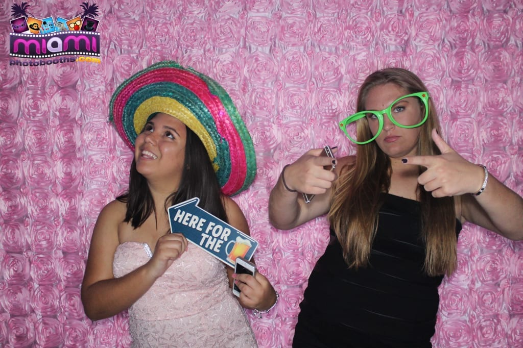 sandy-candyland-miami-photo-booth-232
