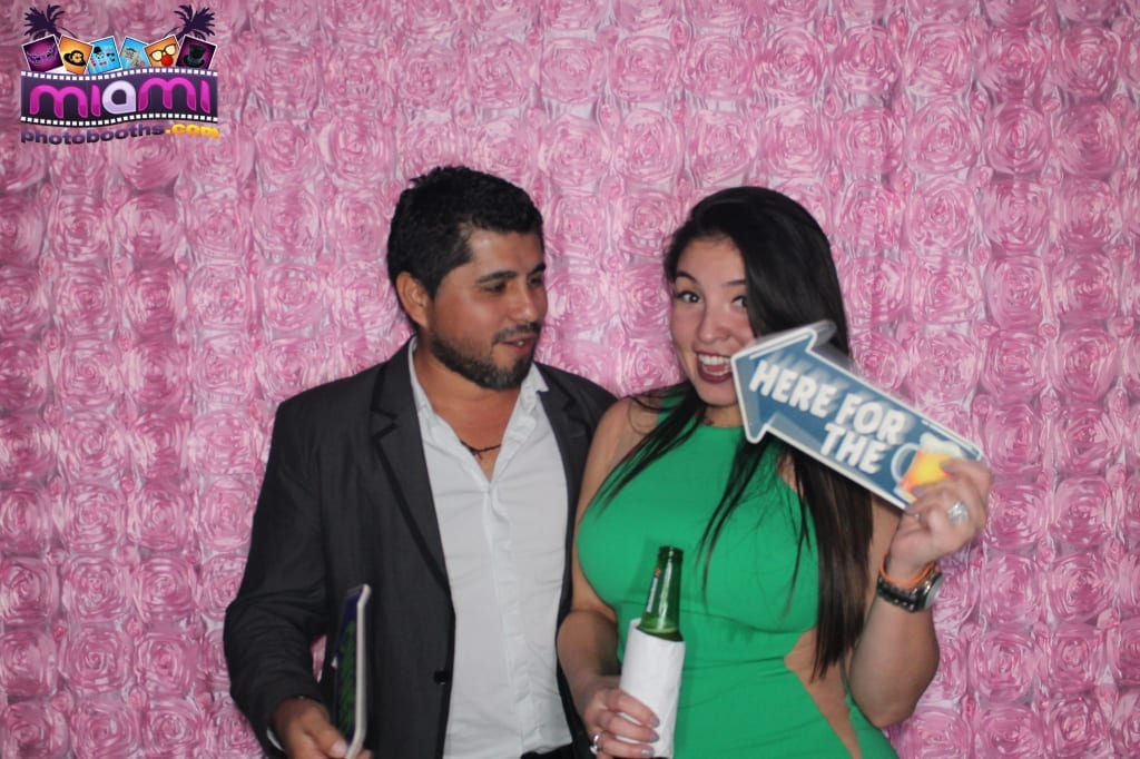 sandy-candyland-miami-photo-booth-240