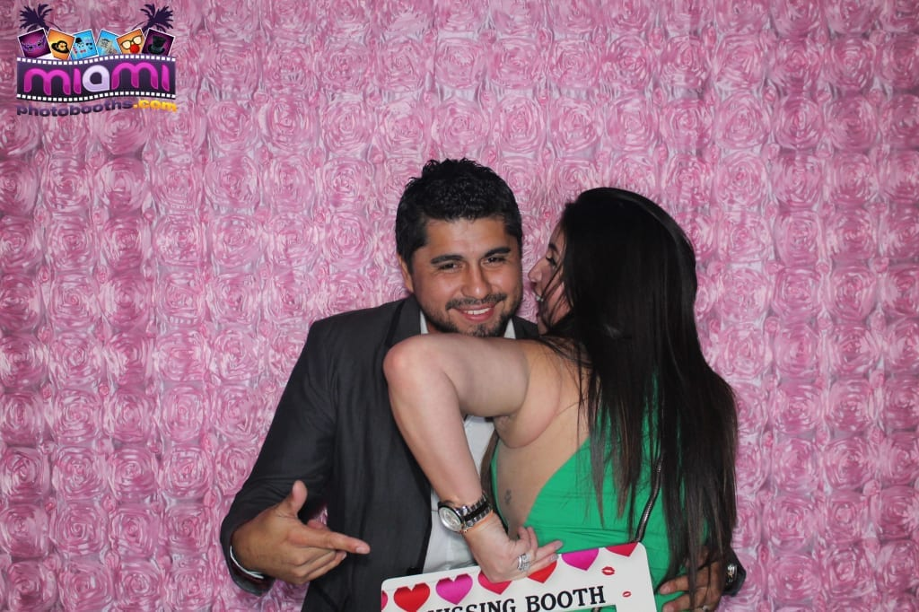 sandy-candyland-miami-photo-booth-246