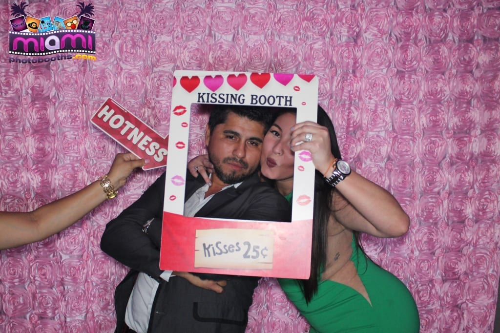 sandy-candyland-miami-photo-booth-248