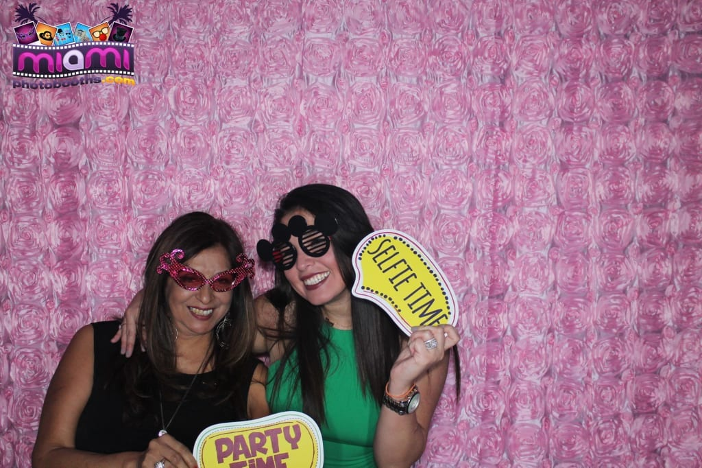 sandy-candyland-miami-photo-booth-257
