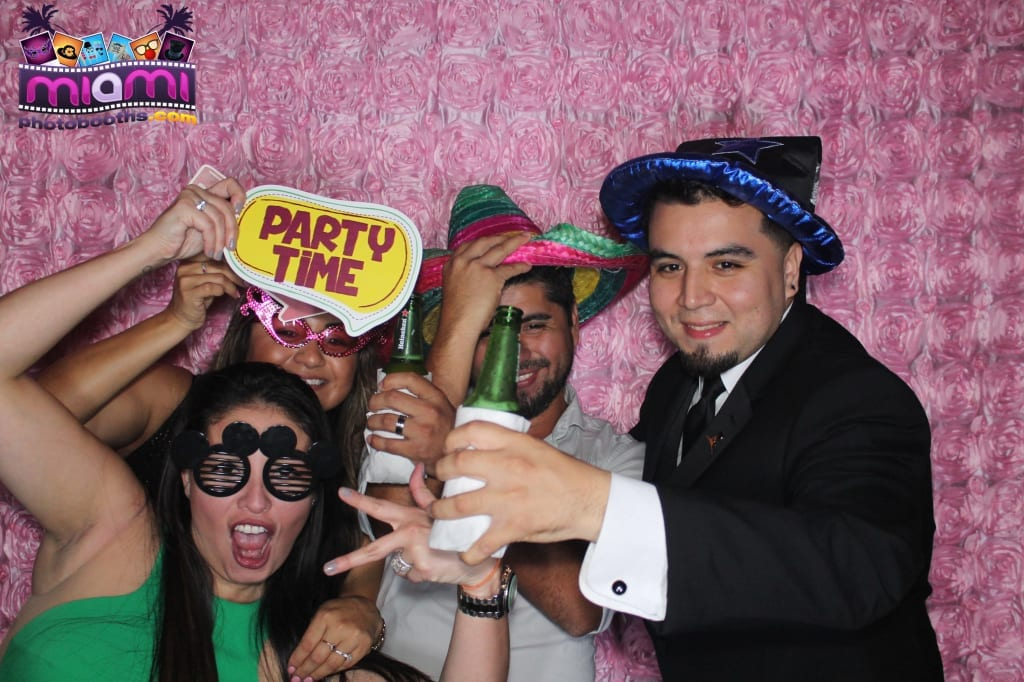 sandy-candyland-miami-photo-booth-273