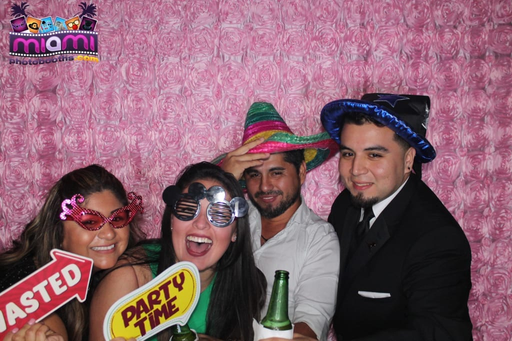 sandy-candyland-miami-photo-booth-275