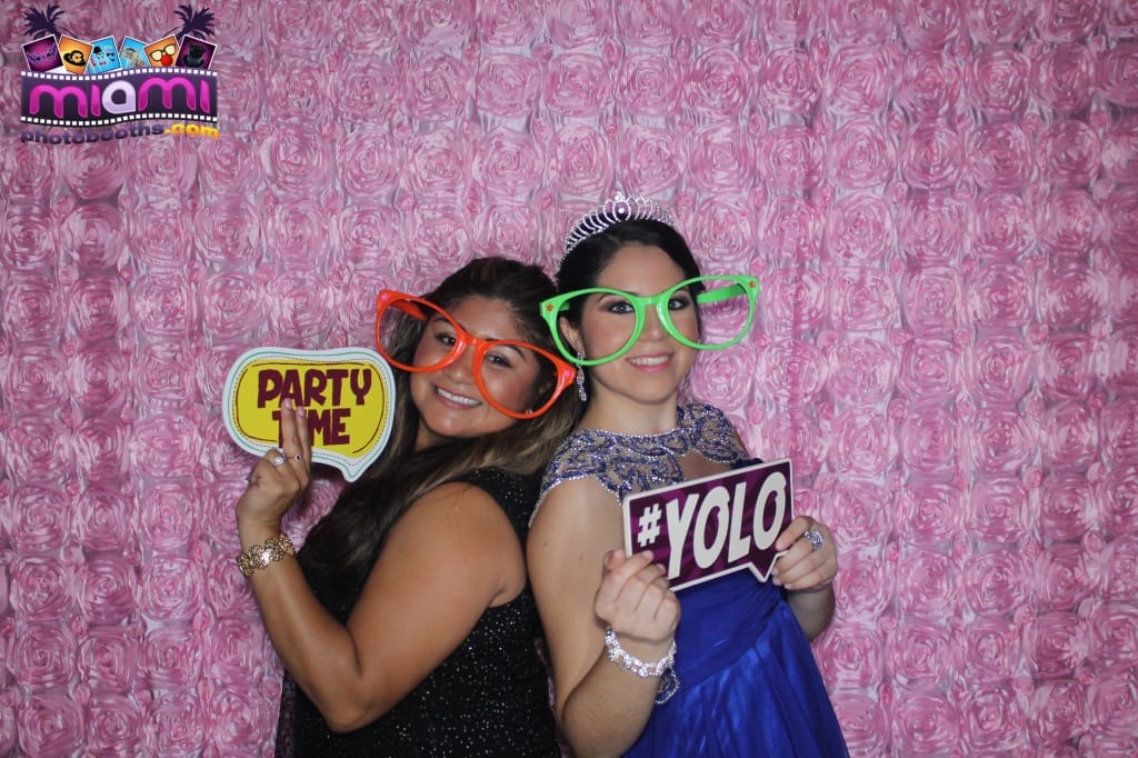 sandy-candyland-miami-photo-booth-289