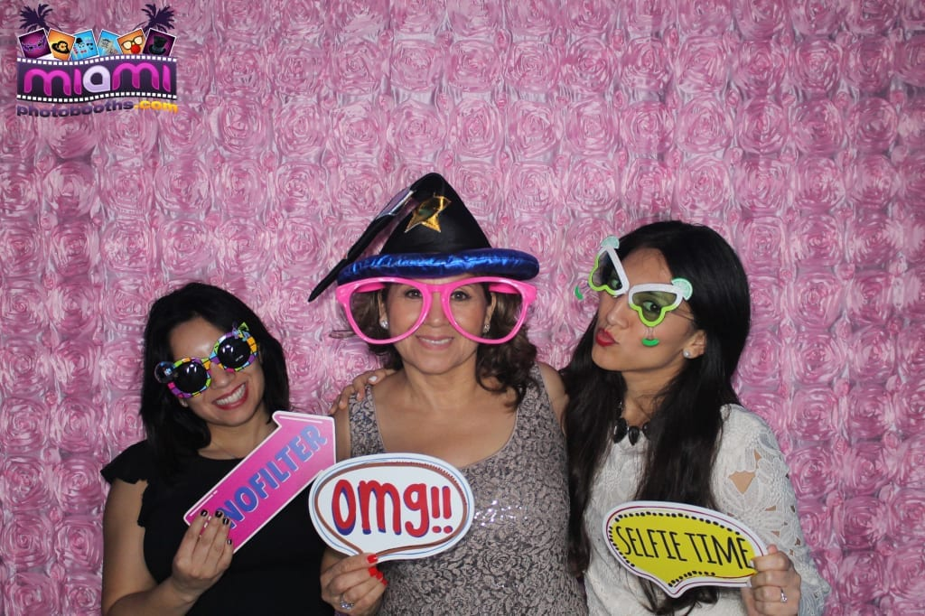 sandy-candyland-miami-photo-booth-291