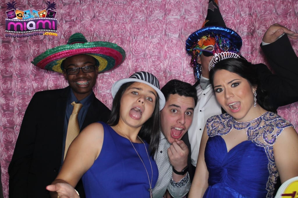 sandy-candyland-miami-photo-booth-295