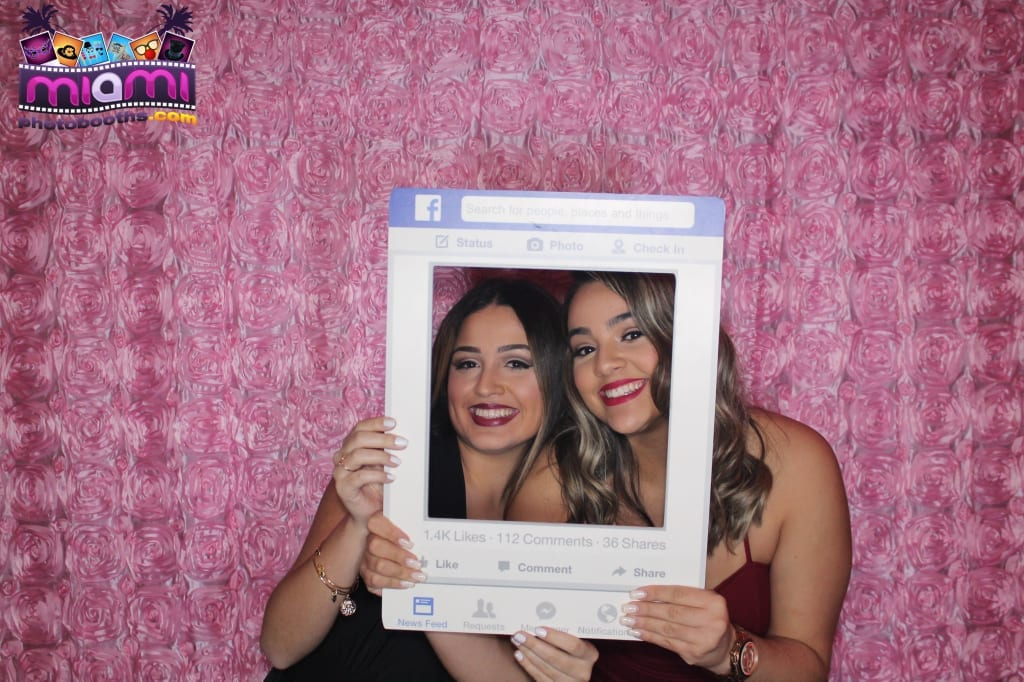 sandy-candyland-miami-photo-booth-37