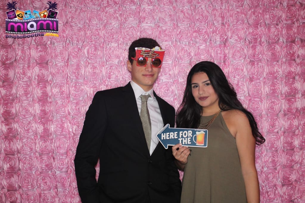 sandy-candyland-miami-photo-booth-39
