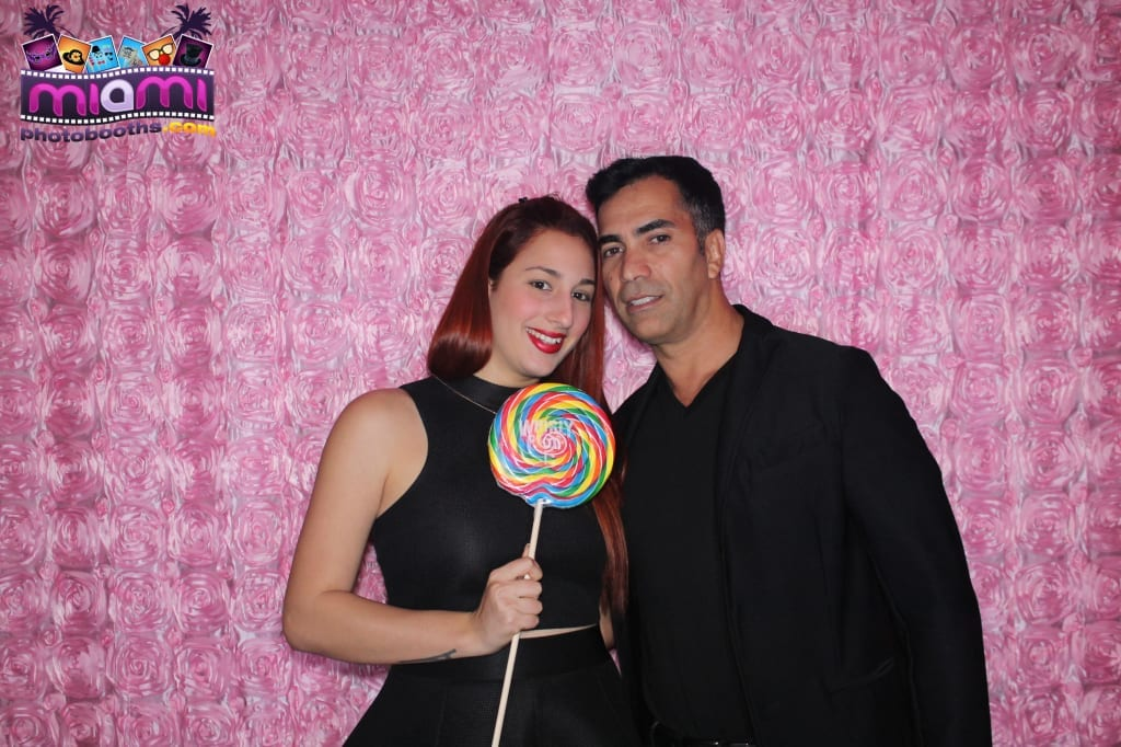 sandy-candyland-miami-photo-booth-4