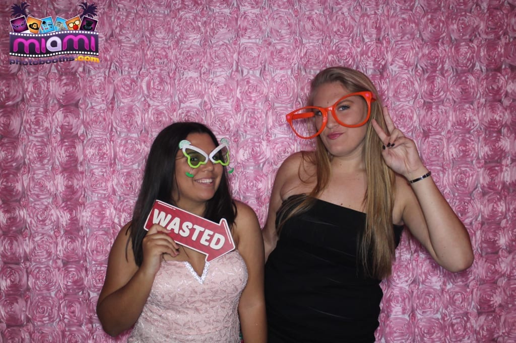 sandy-candyland-miami-photo-booth-45
