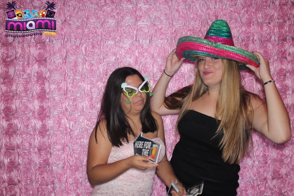 sandy-candyland-miami-photo-booth-46