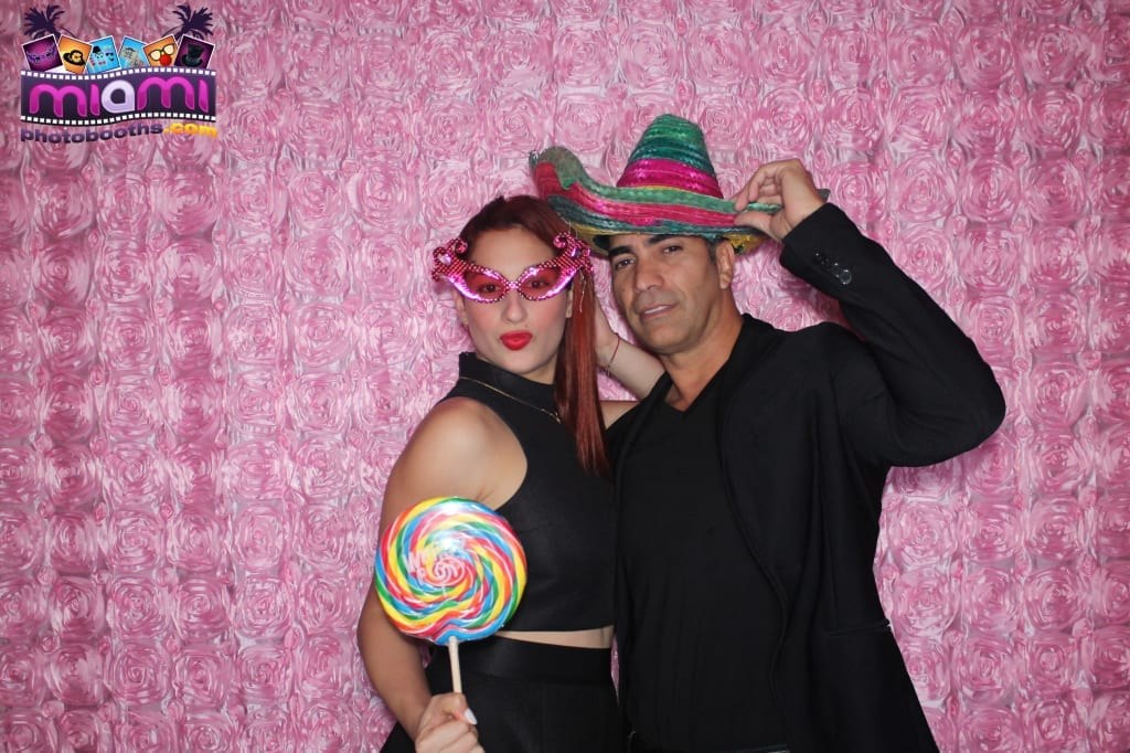 sandy-candyland-miami-photo-booth-5
