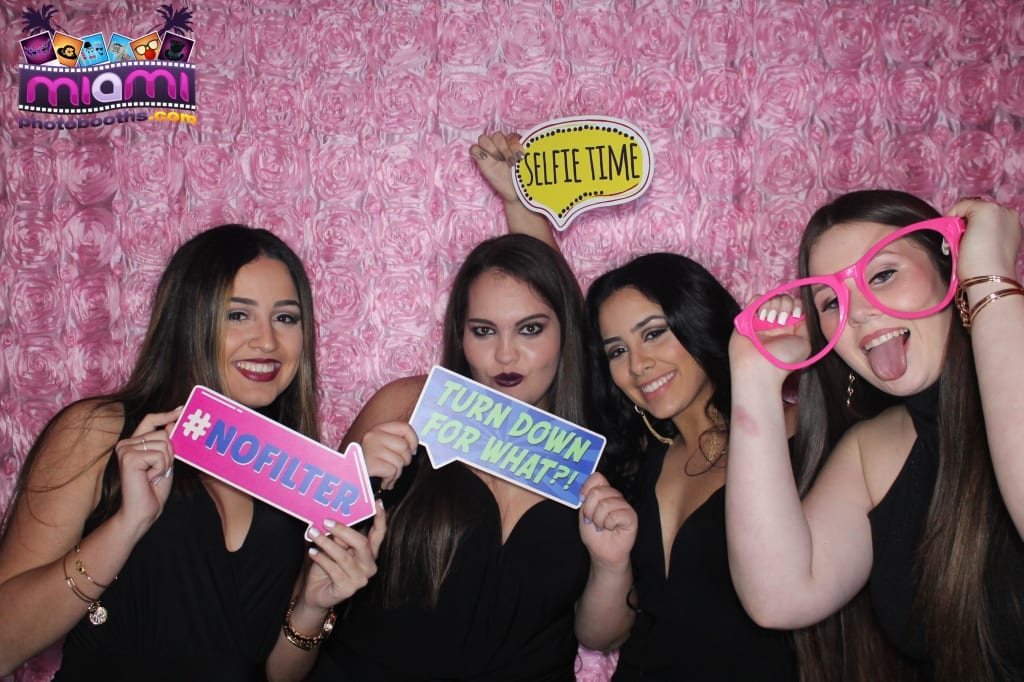 sandy-candyland-miami-photo-booth-54