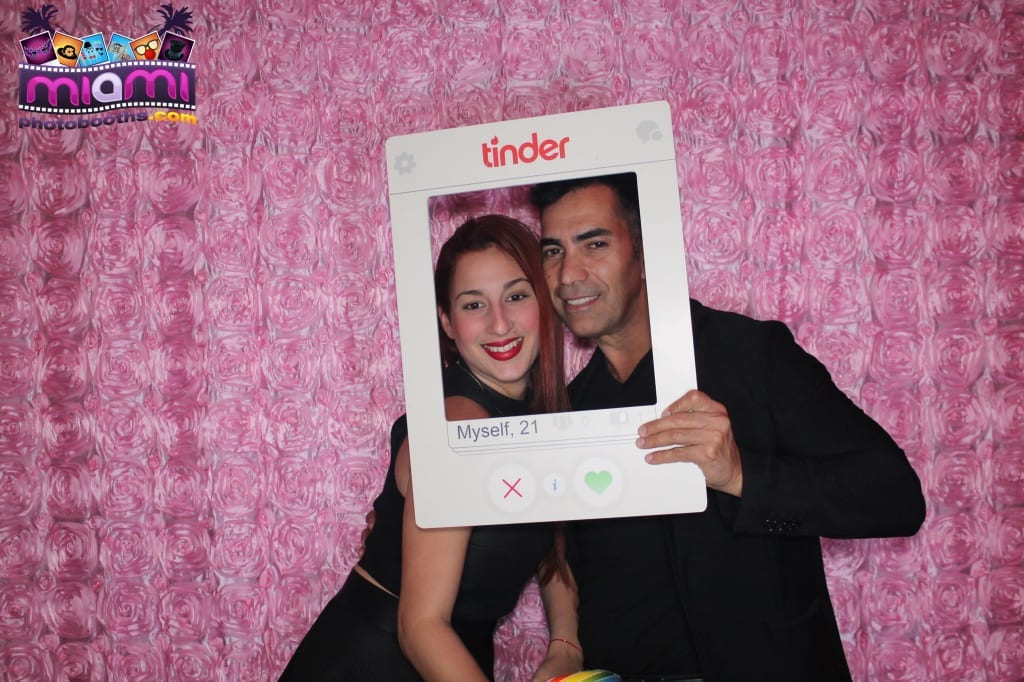 sandy-candyland-miami-photo-booth-6