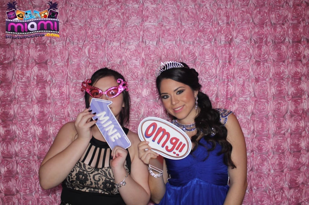 sandy-candyland-miami-photo-booth-83