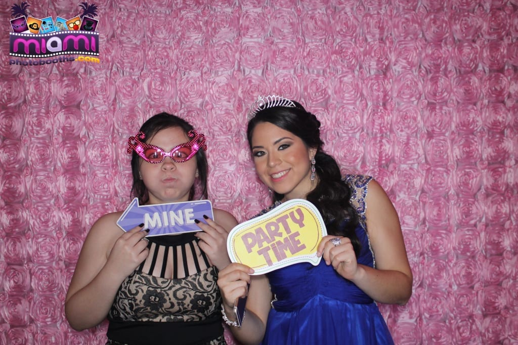 sandy-candyland-miami-photo-booth-84